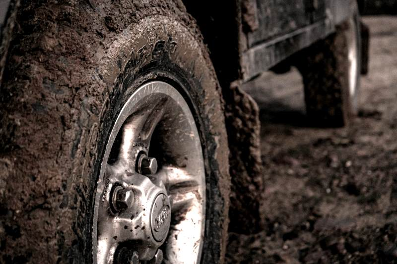 Mud tire feature image