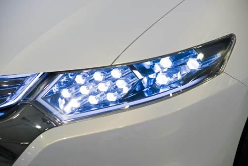 LED headlight image