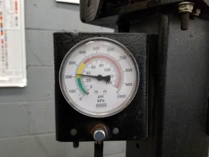 air pressure check image