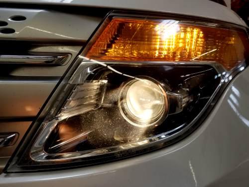 halogen headlights image