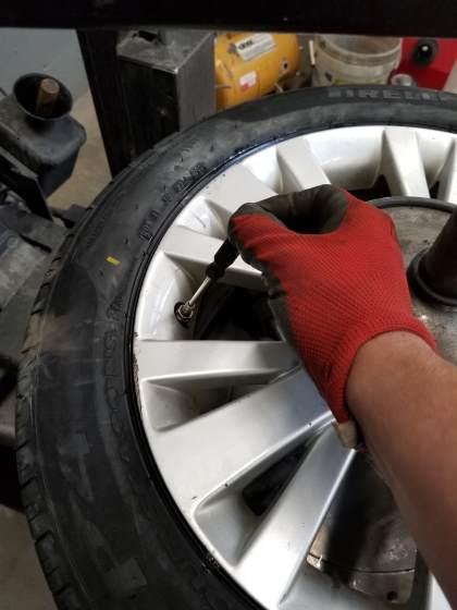 installing valve core