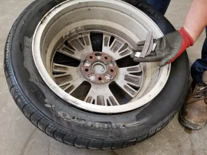 removing wheel weights image